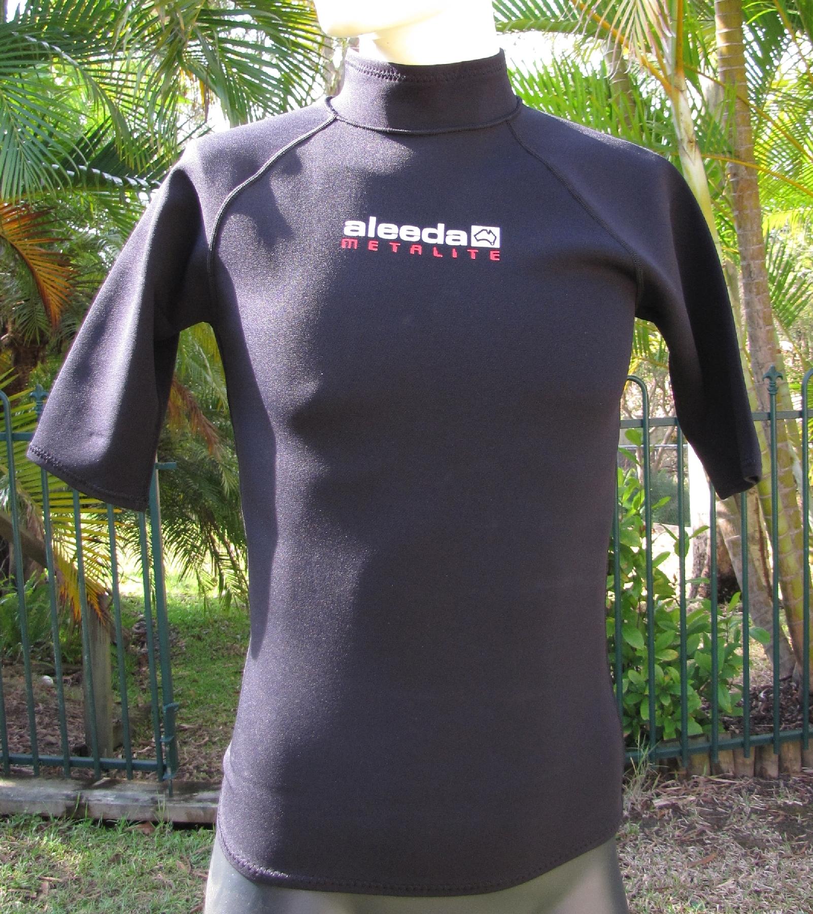 Aleeda Short Sleeve Metalite Top front view